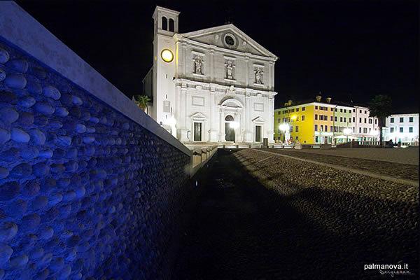 Exterior del Duomo di Palmanova (Palmanova, Italia)