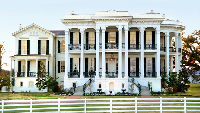 Visit stunning Nottoway Plantation Resort, home of the South's largest antebellum mansion. Tours, luxury rooms & amenities, dining, weddings, event venues.