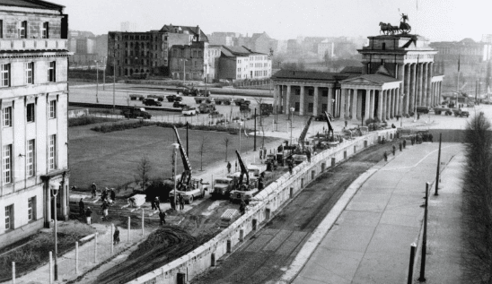 History of the Berlin Wall (1961-1989)
