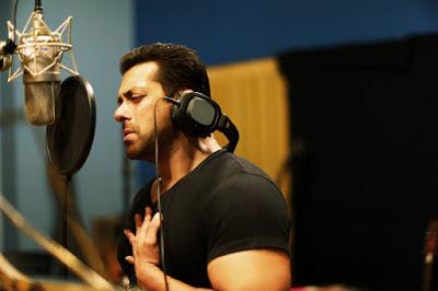 Latest Salman Khan HD Wallpapers(Salman Khan desktop Images,Salman Khan photos,Salman Khan pics and images)