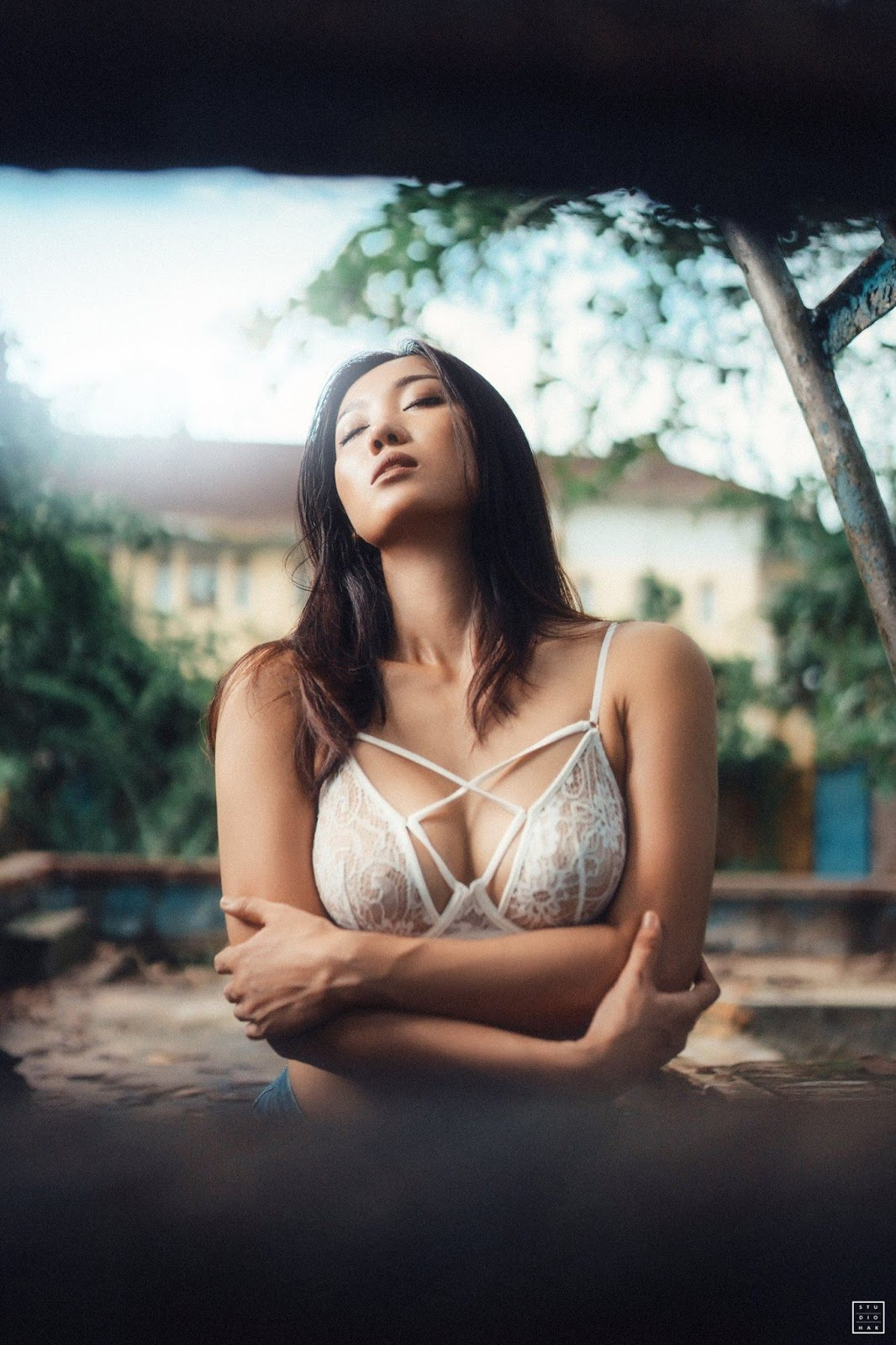 Lu Lu Aung Amazing Outdoor Photoshoot by HAK