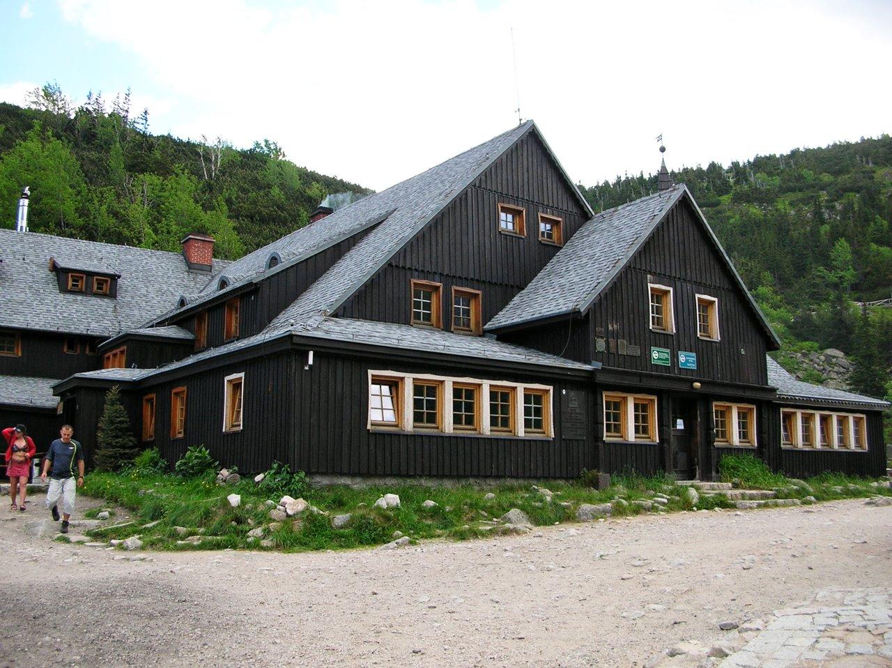 góry, drewniane budowle, turystyka, odpoczynek