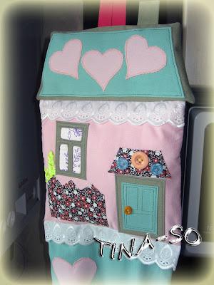 Пакетница-дом, своими руками