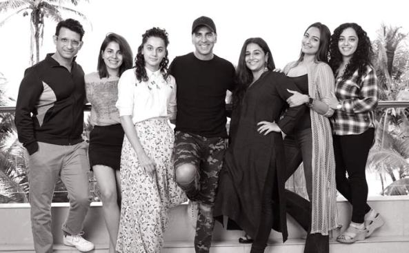 full cast and crew of movie Mission Mangal 2019 wiki Mission Mangal story, release date, blank – wikipedia Actress poster, trailer, Video, News, Photos, Wallpaper