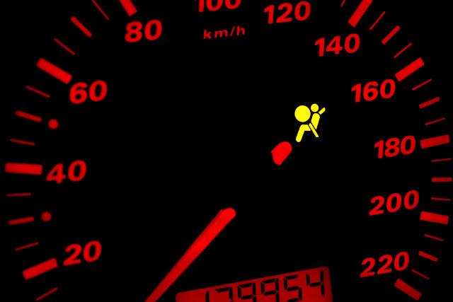conduire avec la lumière du sac gonflable