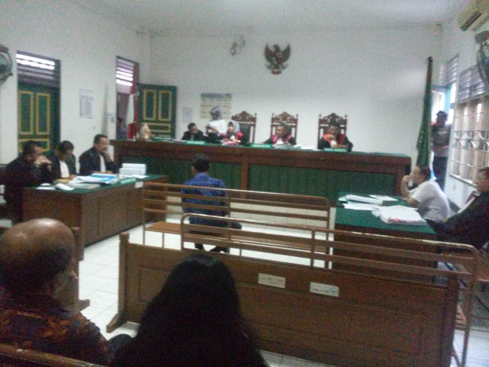 Perjanjian Kontrak Diteken 2007 Perda Penyertaan Modal Ke Pt Ral  # Muebles Coarte Manta