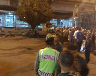Photos: Two dead in suspected suicide bombing in Jakarta, Indonesia