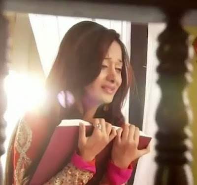 Sinopsis Beintehaa Episode 194
