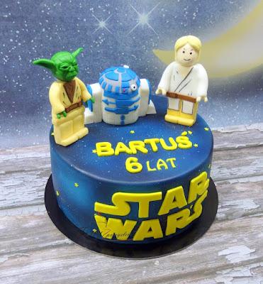 tort z figurkami gwiezdne wojny