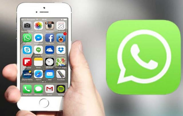 Whatsapp Siri Feature