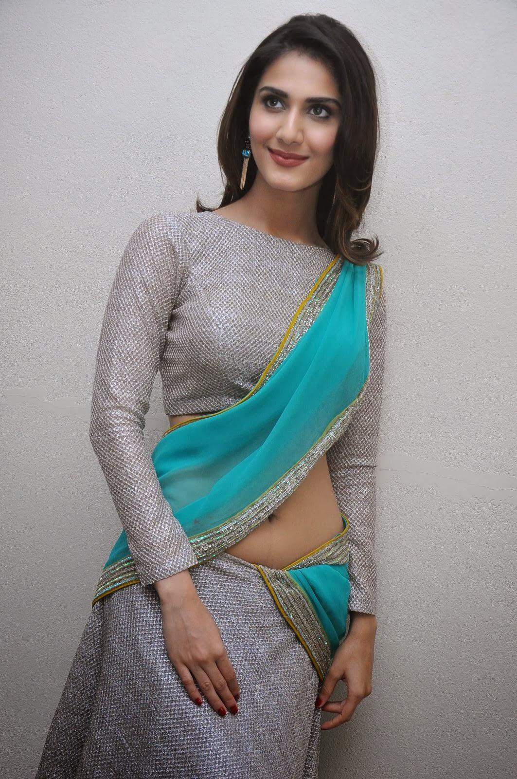 Genelia Cute Wallpaper Actress Vaani Kapoor New Hot Photos Hot Photos In Saree