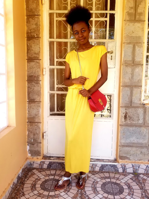 How To Wear A Bright Yellow Maxi Dress Casually