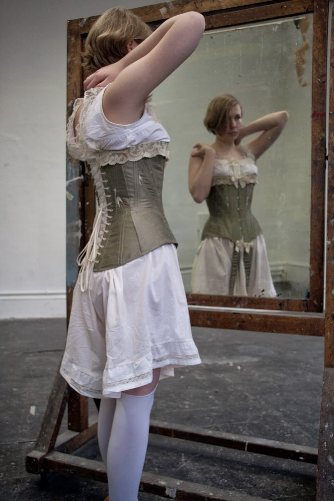 ff2e2d4e507e ... time that I have attempted a corset dated later than the 1780's -  working with a front bust and steel boning. I hope you like it too! Edwardian  Corset