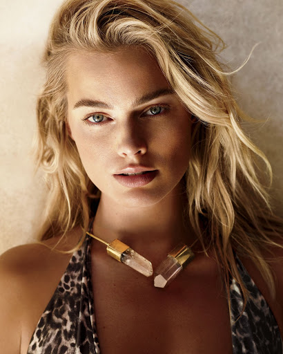 margot robbie sexy models photo shoot for vogue magazine