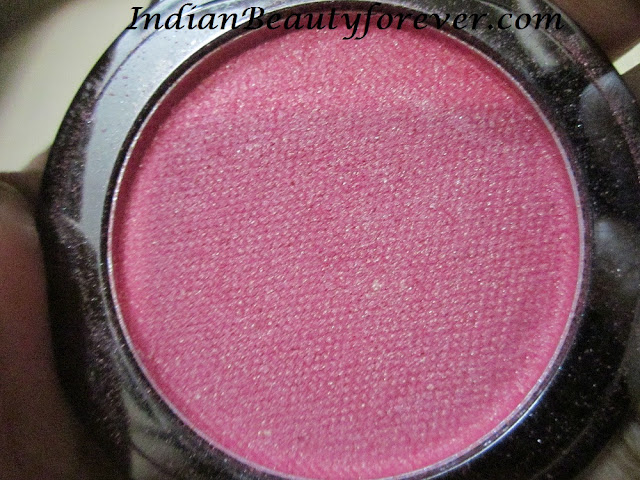 Faces canada blush