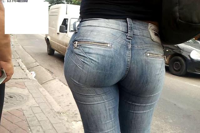 Perfect Bubble Butt In Candid Jeans-3261