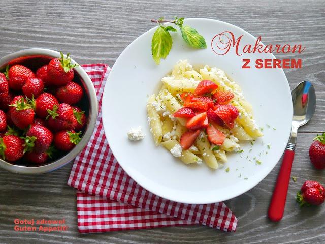 Makaron z serem i truskawkami - Czytaj więcej »