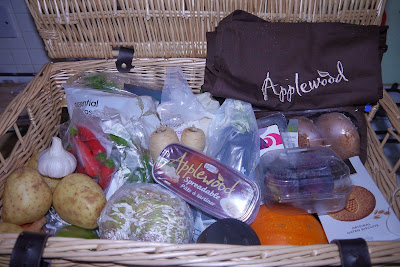 Applewood Hamper