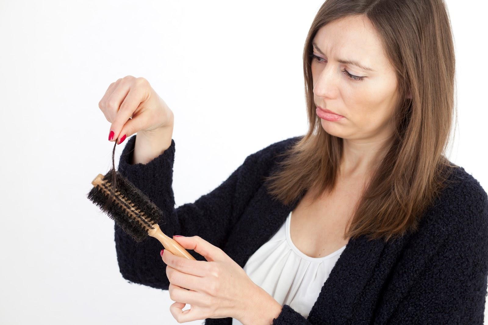 Cara Mengatasi Rambut Rontok Dan Ketombe Dengan Bahan Alami