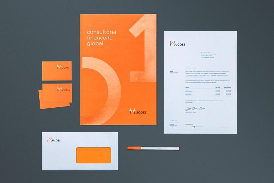 101-Soluções-logo-identity-Gen-Design-Studio-stationary