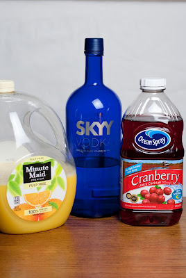 red rooster cocktail, vodka, cranberry juice, orange juice