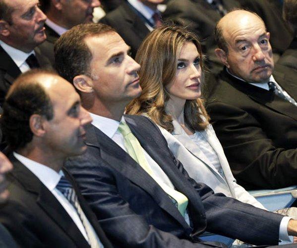 espana-encuentro-telecomunicaciones-los-principes-en-la-inauguracion-oficial-del-xxv-encuentro-de-las-telecomunicaciones-07%2524599x0.jpg