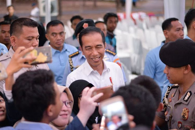 Soal Dana Kelurahan, Politisi Sontoloyo, dan Klarifikasi Jokowi...