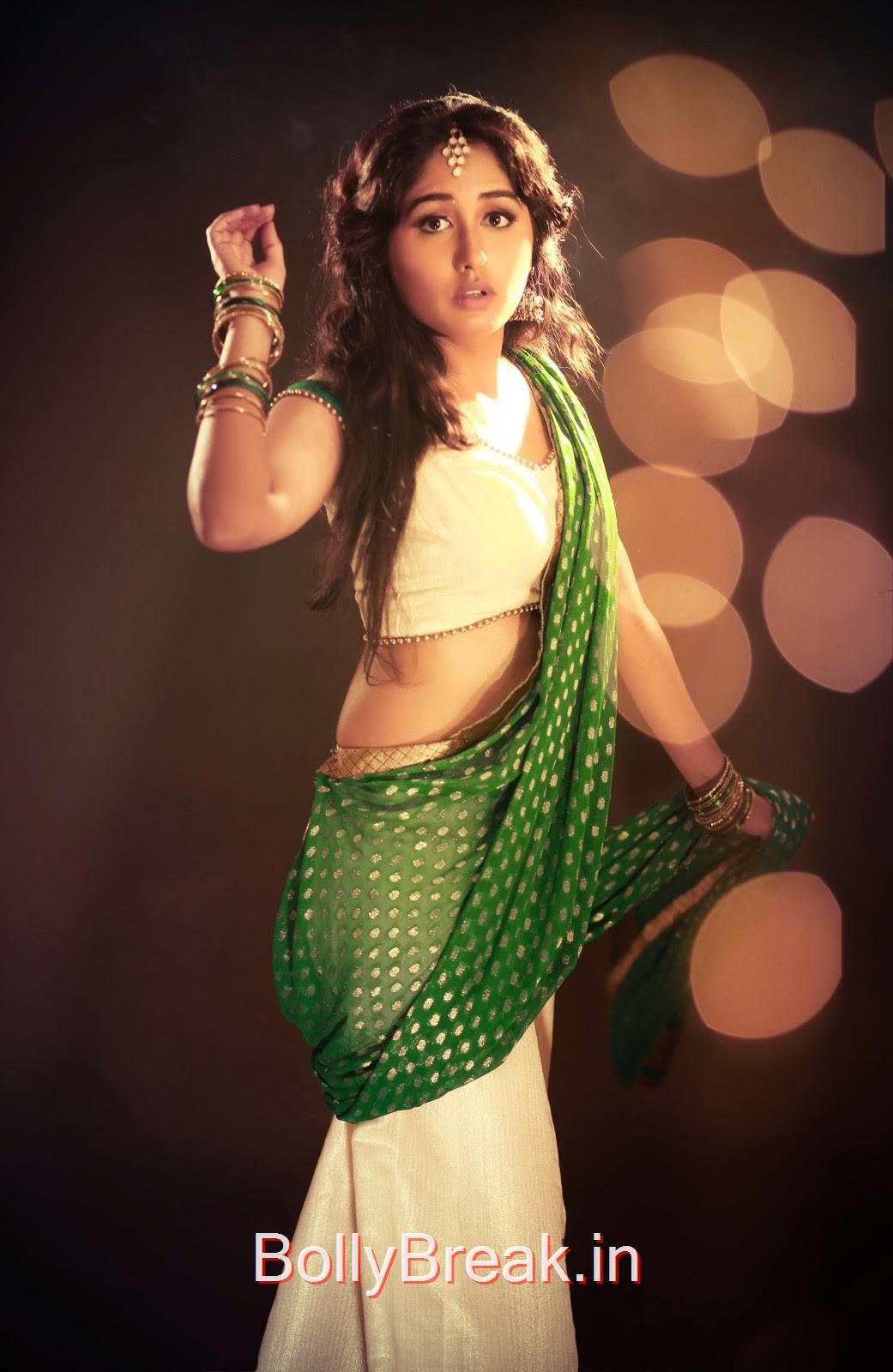 Haritha Pics, Telugu Actress Haritha Hot Pics in Green Saree