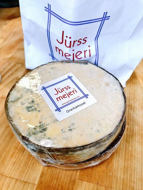 granbarksost, Jurss Mejeri Dairy, Hälleforsnäs, Sweden
