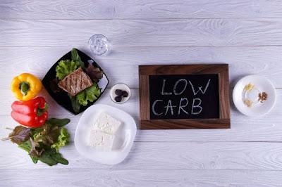 karbohidrat sama berisiko dengan kelebihan karbohidrat.