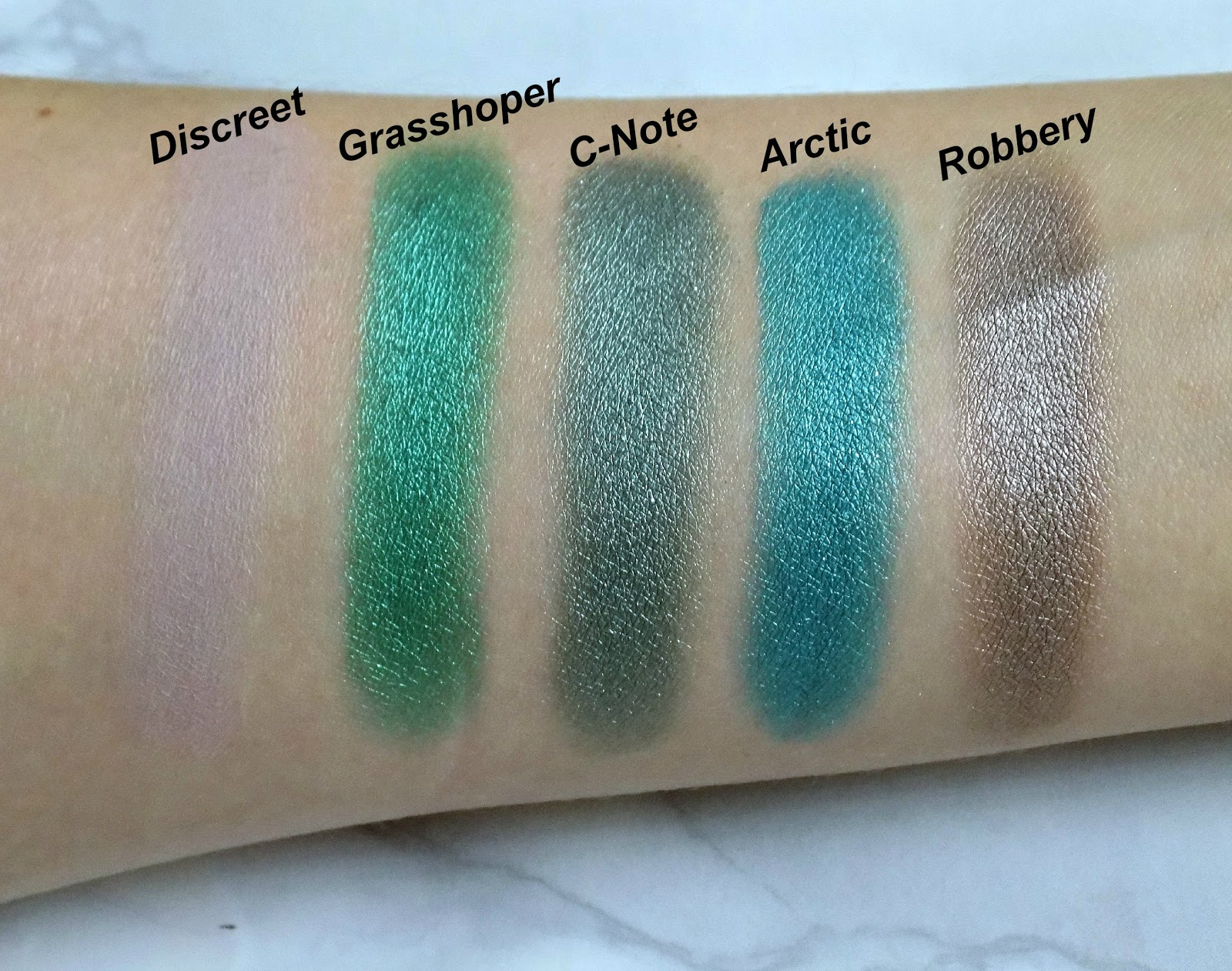 Urban Decay Vice 4 palette swatches
