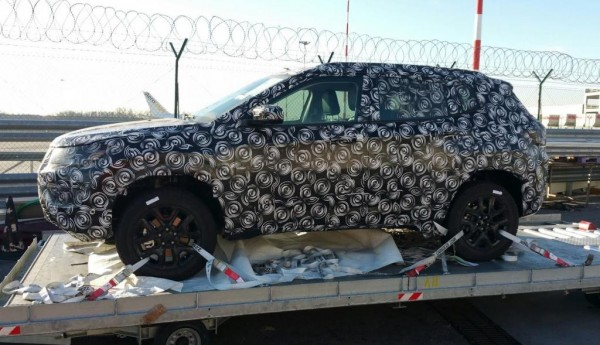 Novo Jeep nacional é flagrado com camuflagem