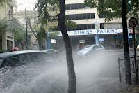 ΤΡΕΛΑΘΗΚΕ Ο ΚΑΙΡΟΣ! — Καταιγίδες και χαλάζι τα επόμενα 24ωρα ΒΙΝΤΕΟ