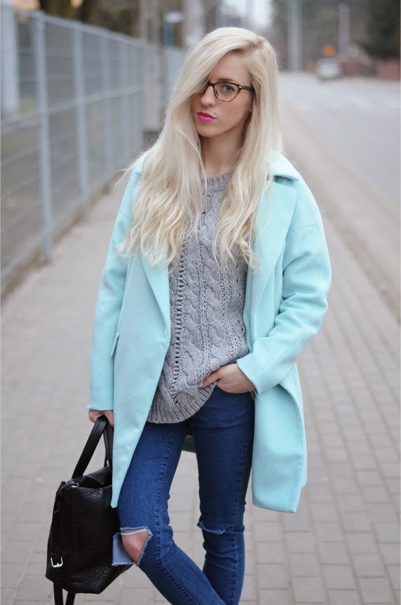 BABY BLUE COAT & NAILS, RIPPED JEANS, NEW BALANCE GRAY & ZEBRA SNEAKERS