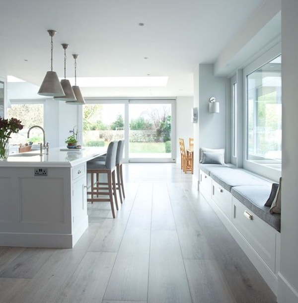 Windows and Natural Light In Kitchens 8