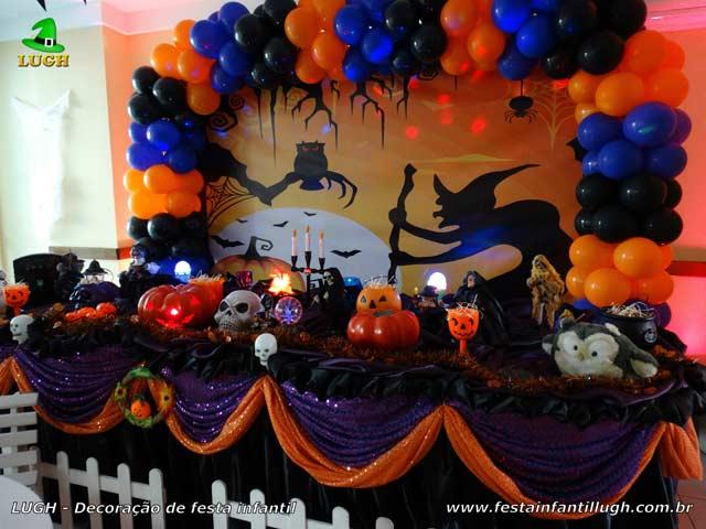 Decoração festa de aniversário Halloween - Ornamentação mesa de tecido luxo