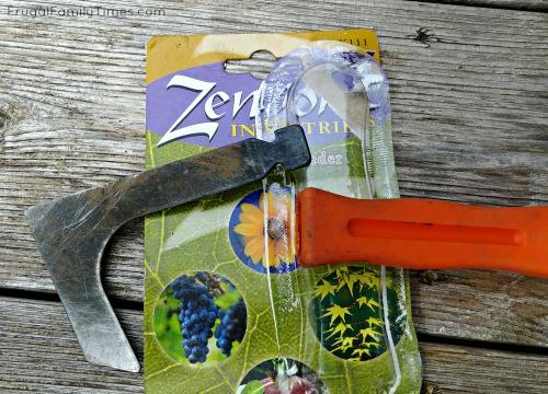 zenport is not the best tool to pull weeds