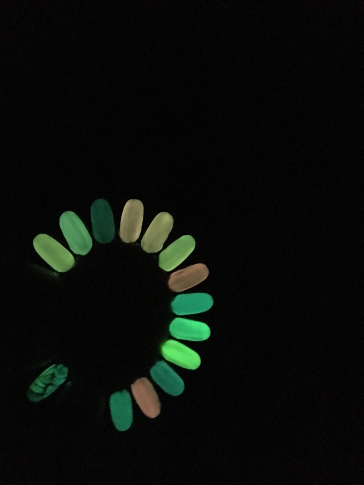 lakier hybrydowy świecący w ciemności