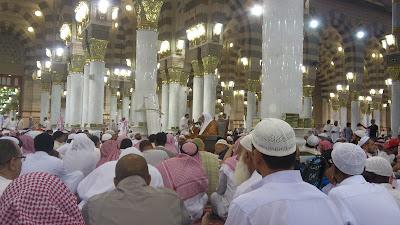 Faidah Menuntut Ilmu Agama