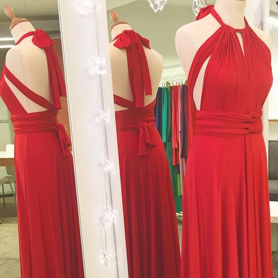 6736631585 Un revolucionado concepto ha llegado a la moda para dar solución a  problemas con los que habitualmente nos encontramos. Rojo Carmesí ha  diseñado el vestido ...
