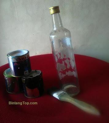 memanfaatkan botol syrup marjan jadi hiasan dan vase bunga