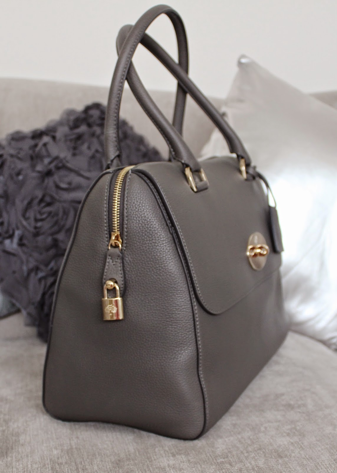 Mole Grey Del Rey bag from the Mulberry Outlet at Bicester Village - plus  current bag stock list!  236d766b218ae