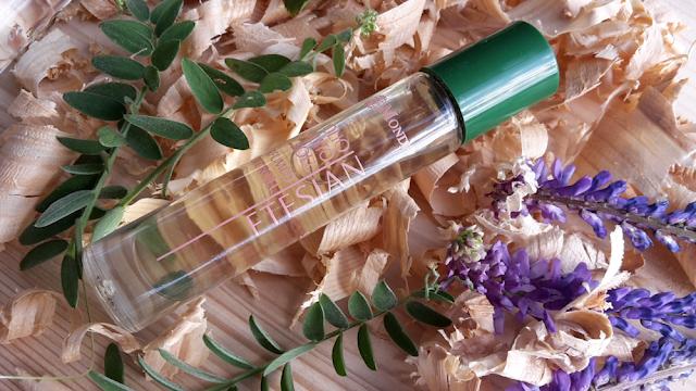 Parfumovaný olej Etesian