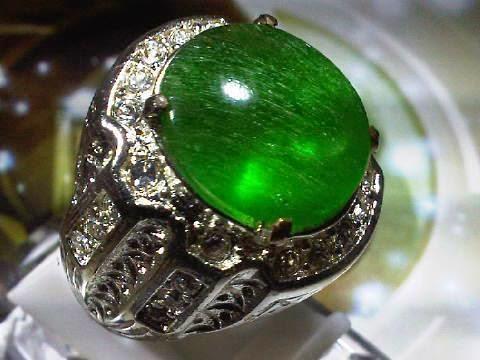 batu cincin zamrud