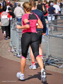 mujeres-nalgonas-corriendo-calle