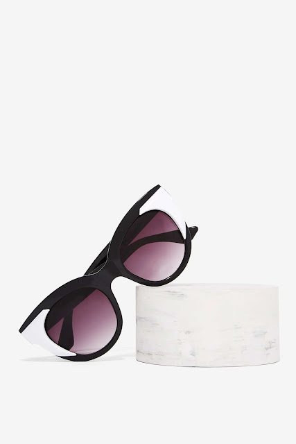 Factory Liv Oversized Shades from Nasty Gal