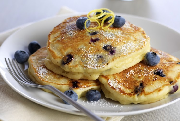 http://www.driscolls.com/recipes/view/6846/Lemon-Ricotta-Blueberry-Pancakes