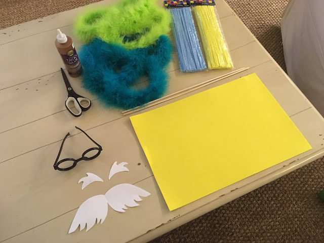 Super simple and cute Lorax costume with Truffula trees | The Lowcountry Lady