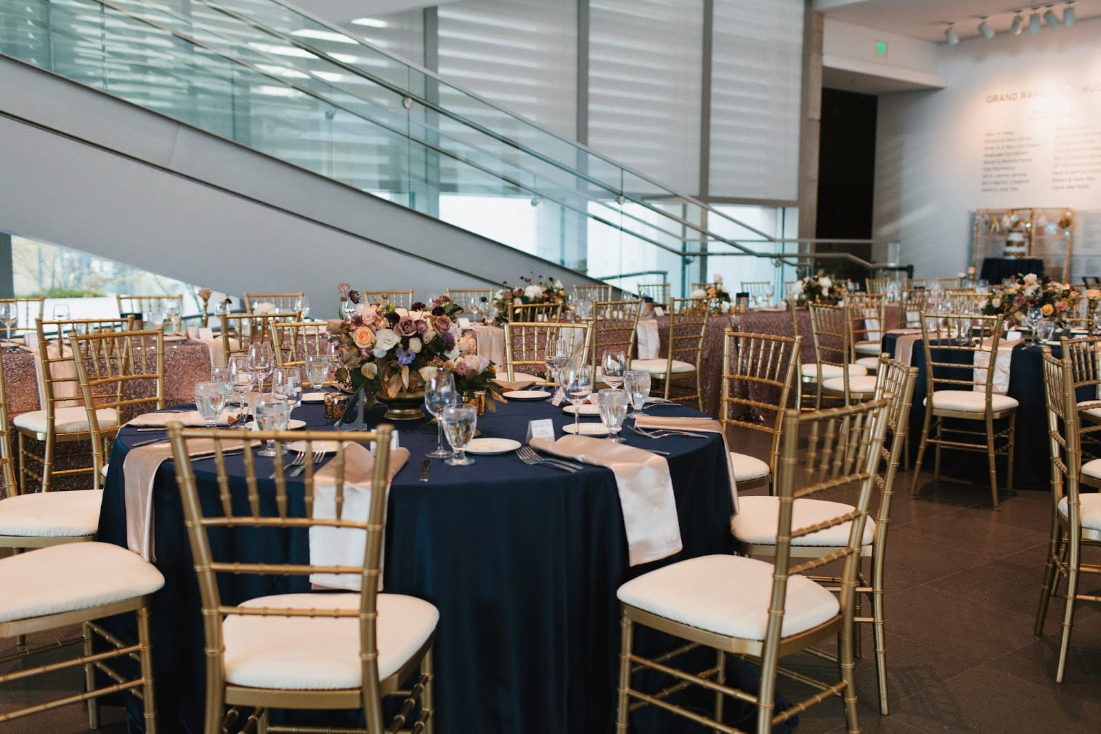 Grand Rapids Art Museum Real Mi Wedding Spotlight
