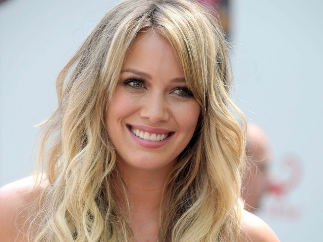 Video: Hilary Duff - Chasing the Sun